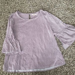 Stitch fix skies are blue bell sleeve top